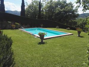 I Giardini di Lapo si occupa di manutenzione aree verdi a Firenze e Prato, per rendere sempre più belli e funzionali i vostri giardini ed i vostri spazi verdi, attraverso interventi periodici, pianificati e concordati.
