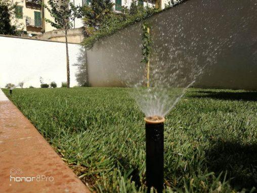 I Giardini di Lapo si occupa della realizzazione di impianti di irrigazione per giardini e terrazzi a Firenze, per consentire la corretta crescita ed il mantenimento del vostro verde e rendere i vostri spazi più curati e piacevoli.
